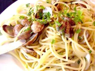 plato con vermicelli